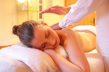 Licensed Massage Therapist in Mt. Prospect, IL